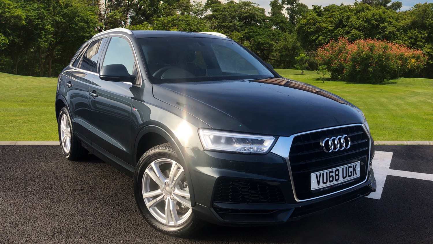 used audi q3 2 0 tdi s line edition 5dr diesel estate for. Black Bedroom Furniture Sets. Home Design Ideas
